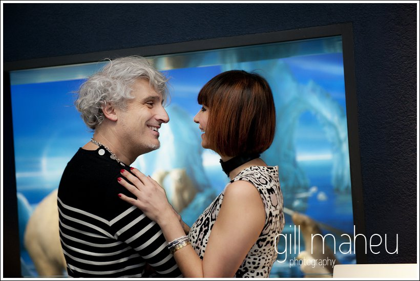 engagement shoot portrait couple geneve mariage musee copyright gill maheu 2012